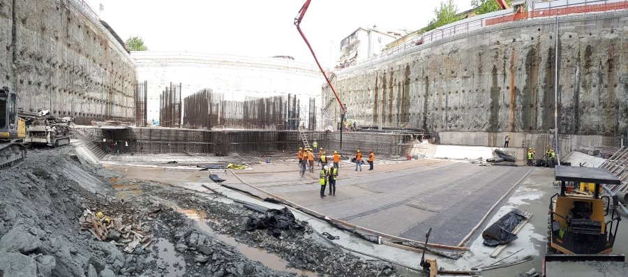 Diaphragm wall deep excavation in Tirana for DT1 designed with DeepEX