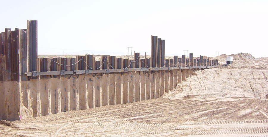 Sheet pile wall for All American Canal in Arizona, designed with DeepEX software
