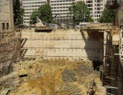 Slurry wall with tiebacks - World Bank Project, Washington